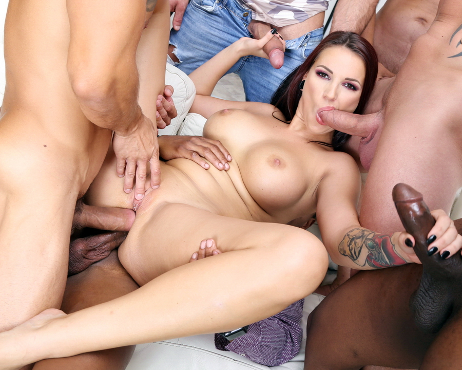 Jolee Love - Jolee Love 10 On 1 DAP Gangband With Balls Deep Anal, Gapes, DAP And Swallow GIO1155 (HD) 2019