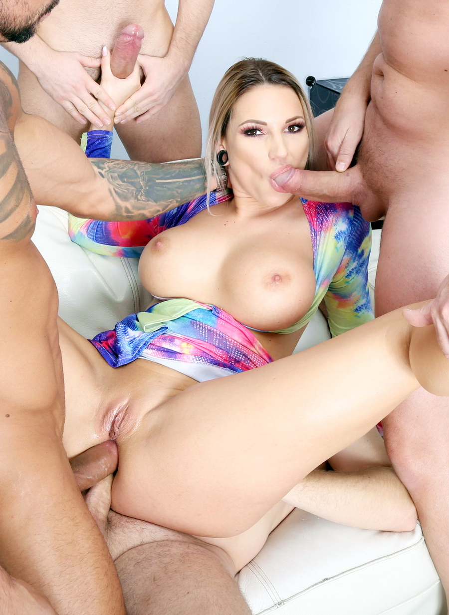 Jolee Love - Naked Barefoot, Jolee Love 4 On 1 Balls Deep Anal, DAP, Gapes, Anal Fisting And Swallow GIO1345 (SD) 2020