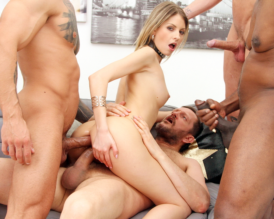 Rebecca Volpetti - Rebecca Volpetti Assfucked By 4 Guys And Pissed All Over SZ2452 (SD) 2020