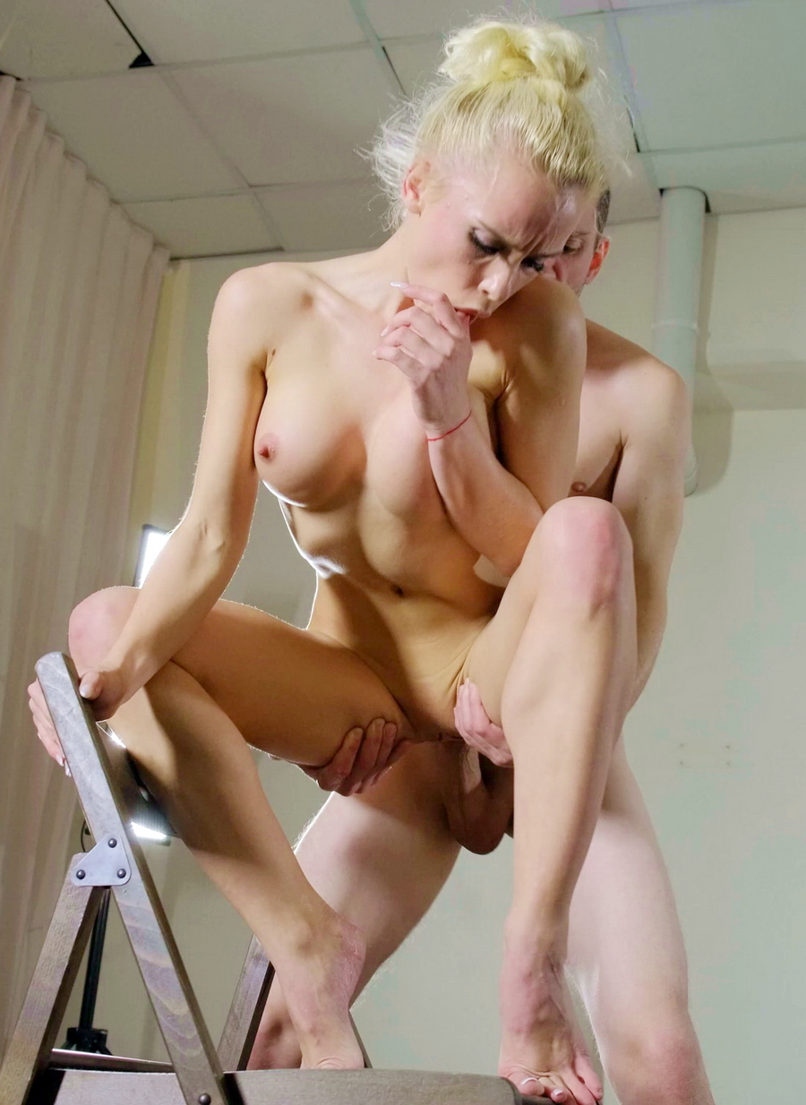 Lara Frost - Escort In The Soviet Union ! Ballet Dancer Lara Frost NRX031 (SD) 2020