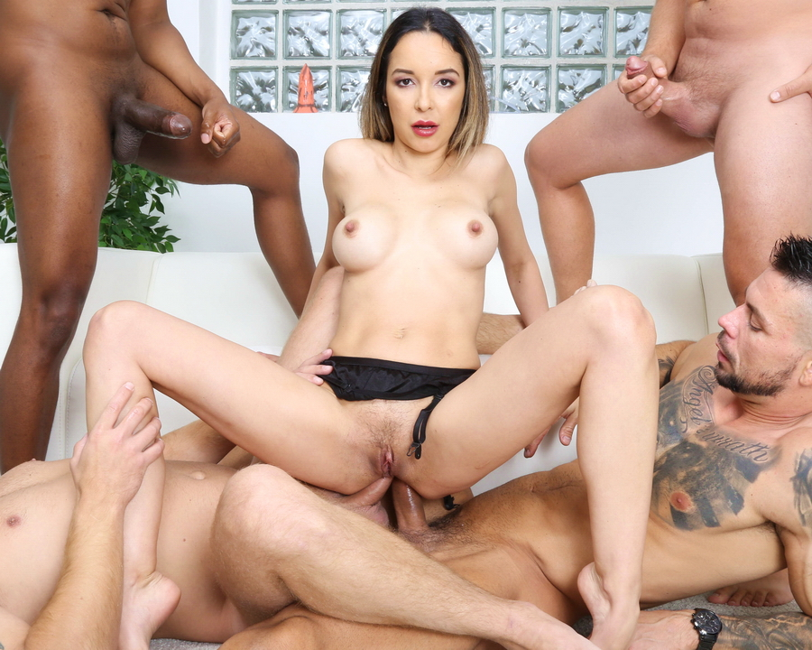 Francys Belle - Naked Barefoot, Francys Belle 5 On 1 Balls Deep Anal, DAP, Big Gapes And Swallow GIO1612 (HD) 2020